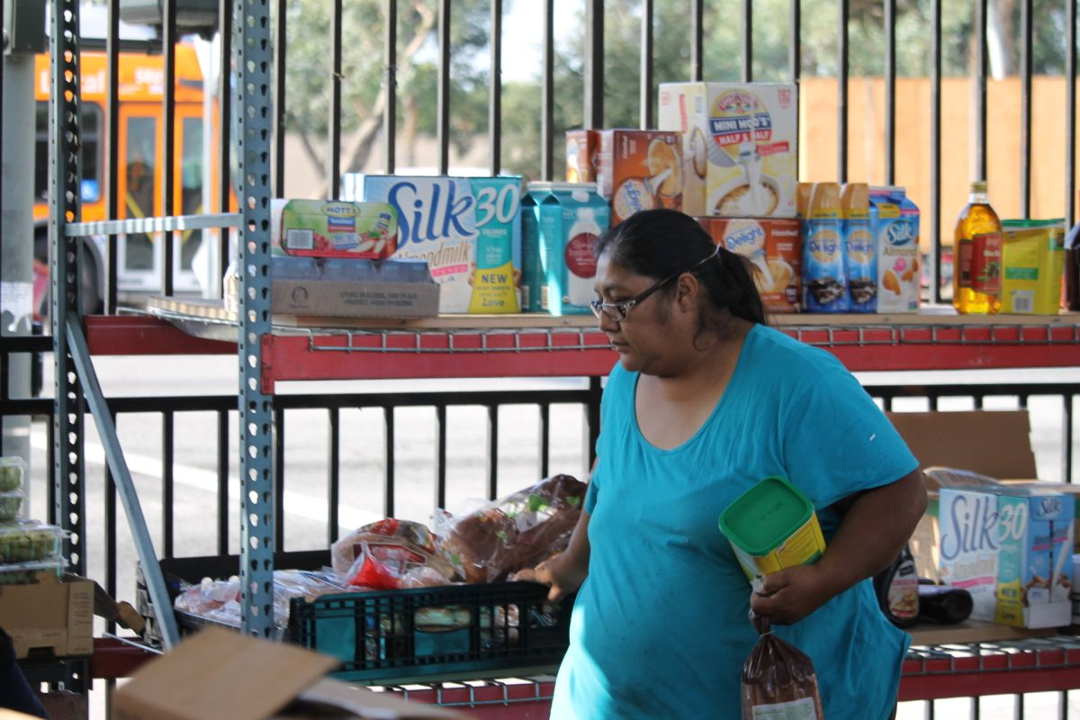 Ivonne Vargas, una madre soltera residente del Este de Los Ángeles.
