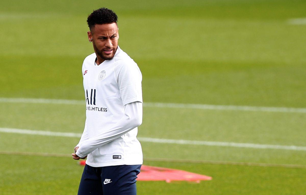 Ahora, por suspensión: Otra vez Neymar deja 'colgado' al PSG contra el Real Madrid