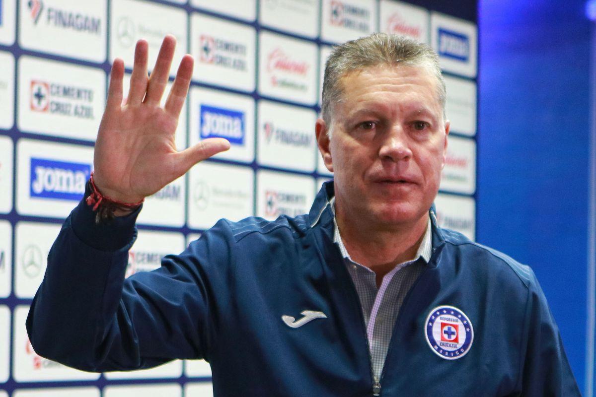 No tenía poder: Ricardo Peláez renunció a la dirección deportiva del Cruz Azul en vivo por Televisión