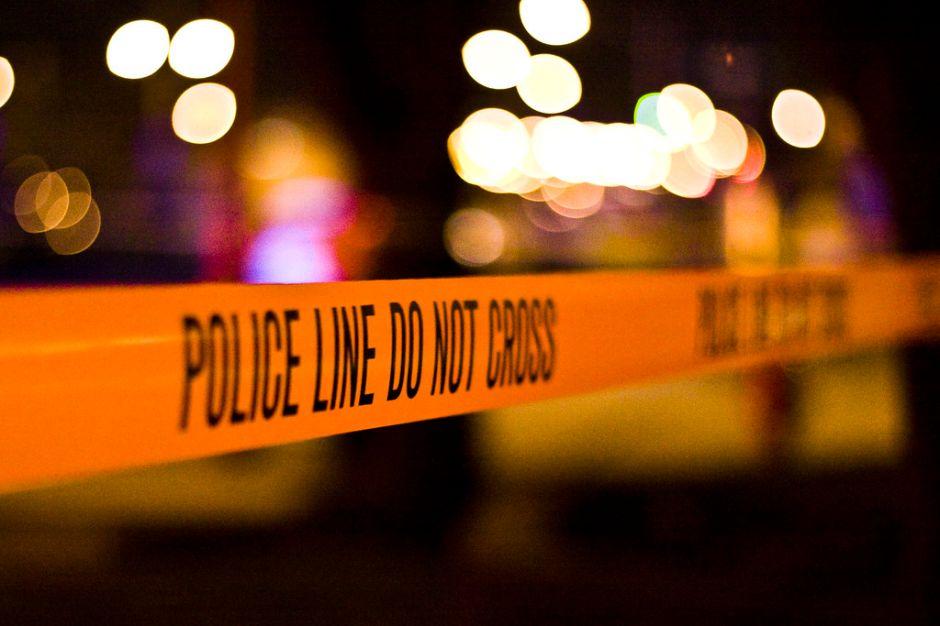 Policía detiene a un hombre armado tras horas de enfrentamiento en Santa Ana