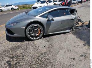 Así se partió este Lamborghini tras accidente en el Estado de México