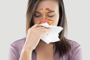 ¿Qué cuidados debo tener si sufro de rinitis alérgica?