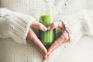 Lo que sucede en el cuerpo al beber un vasito de jugo de apio diariamente