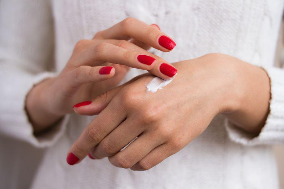 5 cremas de manos hidratantes que puedes tener siempre en tu cartera para el cuidado de tu piel