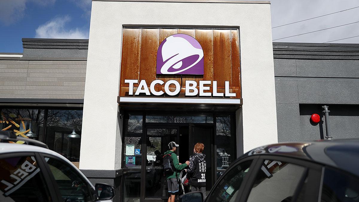 Taco Bell estará dando burritos GRATIS durante todo un mes