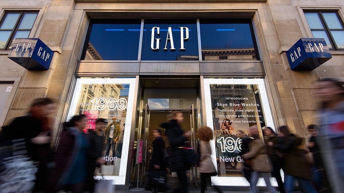 5 formas de ahorrar dinero al comprar en las tiendas Gap