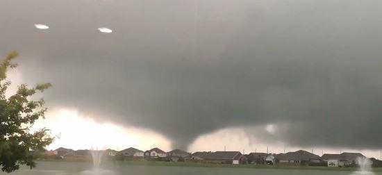 ÚLTIMA HORA: Tornado toca tierra en Baytown