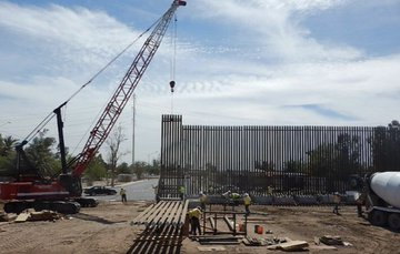 Luz verde para empezar a construir parte del muro de Trump en San Diego
