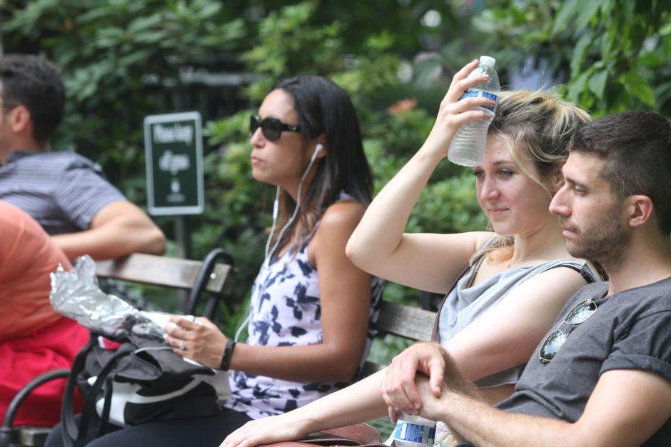 Emiten alerta de calor extremo del domingo al miércoles en el condado de Los Ángeles
