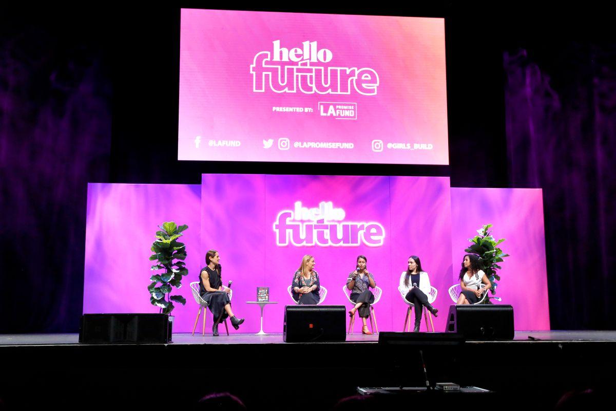 Representantes de compañías como Netflix, Microsoft y Comcast también se hicieron presente para la charla. / foto: Aurelia Ventura.