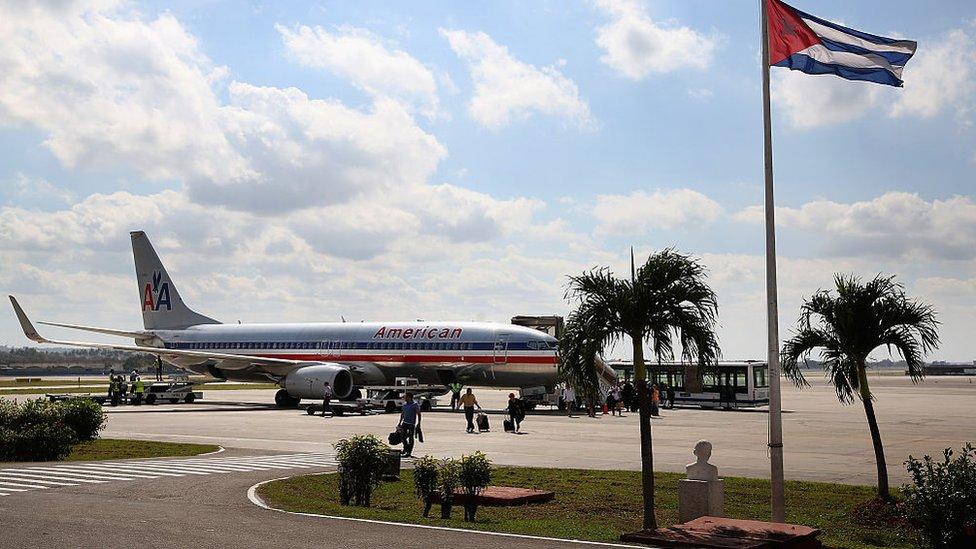 Trump prohíbe a las aerolíneas comerciales de EEUU volar a Cuba, con excepción de La Habana