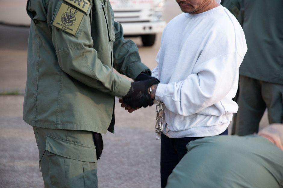 ICE arresta a 97 inmigrantes en 6 estados. La mayoría de los detenidos son mexicanos