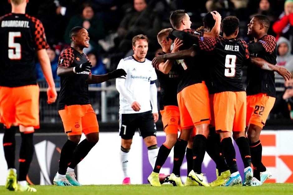 PSV Eindhoven va con paso perfecto en la Europa League