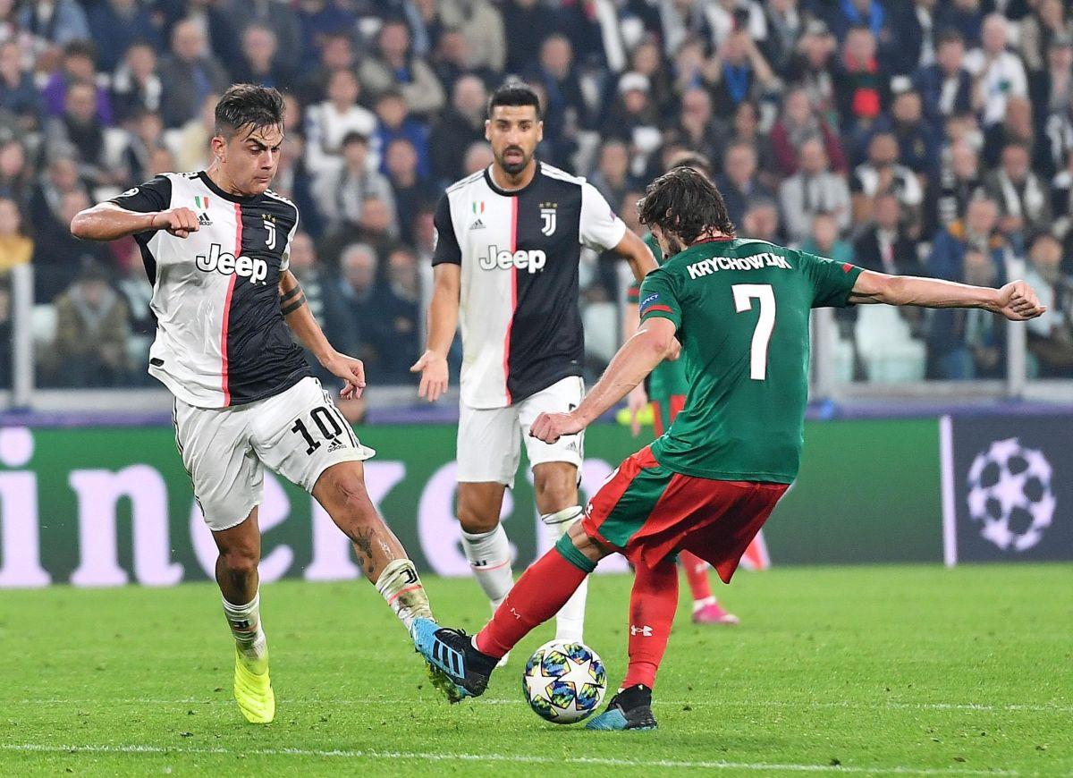 Doblete de Dybala acerca a la Juventus a octavos de la Champions
