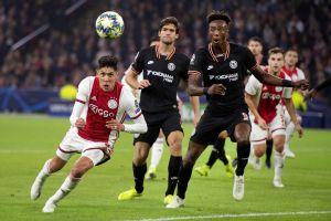 Con Edson los 90 minutos, el Ajax cae ante el Chelsea