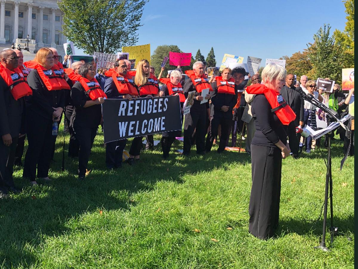Activistas proinmigrantes protestan en el Capitolio contra las politicas migratorias de la Administración Trump.