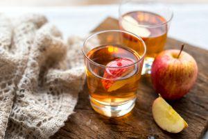 ¿El vinagre de manzana beneficia o perjudica tu piel?
