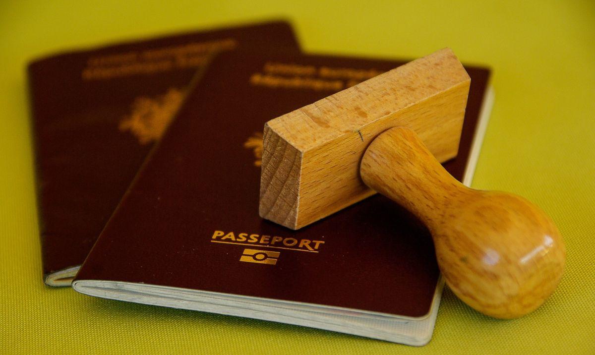 ¿Cansado de intentar emigrar a EEUU? Puedes lograr ciertas visas con algunos de estos abuelos