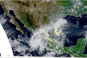 Alertan de lluvias torrenciales y fuertes vientos en Pacífico mexicano por tormenta tropical Priscilla