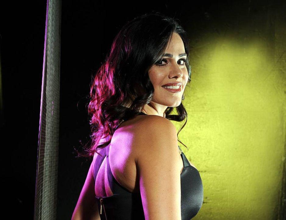 Sin ropa interior, Luz Elena González se luce sudando al terminar su rutina de ejercicios