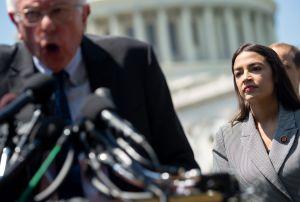 Ocasio-Cortez apoyará públicamente a Bernie Sanders en su carrera presidencial