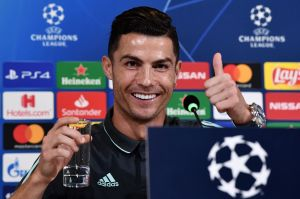 ¡Toma eso, Messi! Cristiano Ronaldo, el primer futbolista en llegar al club de lo los $1,000 millones