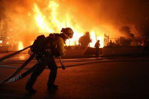 Anuncian posibles cortes de energía a unos 300,000 clientes en el sur de California