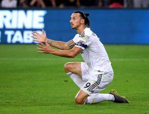 Jaime Camil provoca a un furioso Zlatan Ibrahimovic tras la eliminación del Galaxy