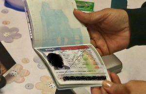 """La otra regla de """"carga pública"""" que afectará a solicitantes de visas"""