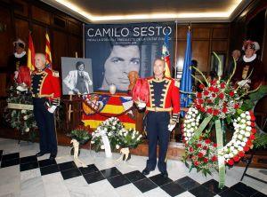 Llegan las cenizas de Camilo Sesto a su ciudad natal