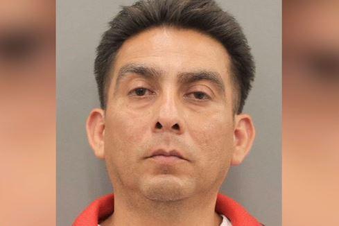 Houston: Hombre hispano entra armado a iglesia y amenazó matar a toda la congregación