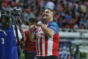 Desde Vicente Fernández hasta Andy Ruiz: los deportistas y celebridades que son aficionados de las Chivas