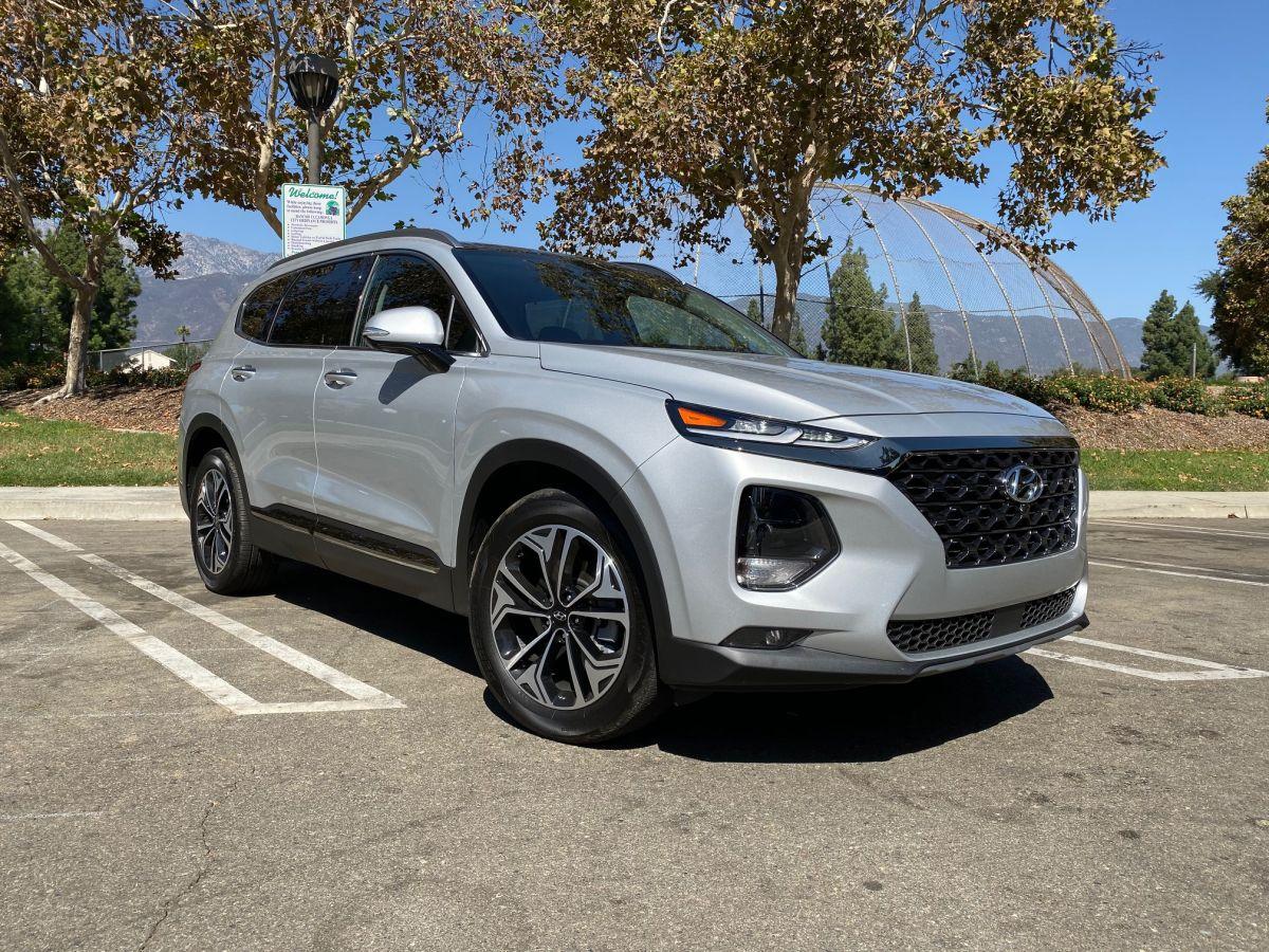 El Hyundai Santa Fe Limited 2.0T se siente como de la familia