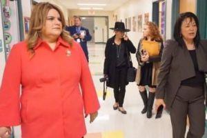 Activista confronta a Jenniffer González en escuela de Nueva Jersey por crisis en Puerto Rico