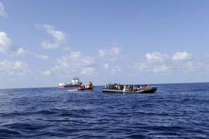 104 migrantes llegan a Europa para solicitar asilo