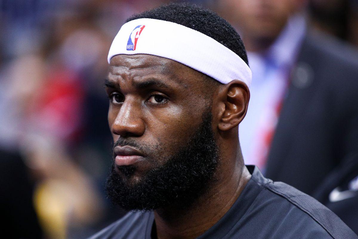 No te metas donde no te llaman: Lebron James metió su cuchara en la crisis de la NBA en China y le salió el tiro por la culata