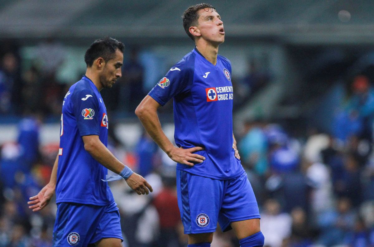 Igor Lichnovsky oficialmente deja Cruz Azul por el fútbol de Arabia Saudita