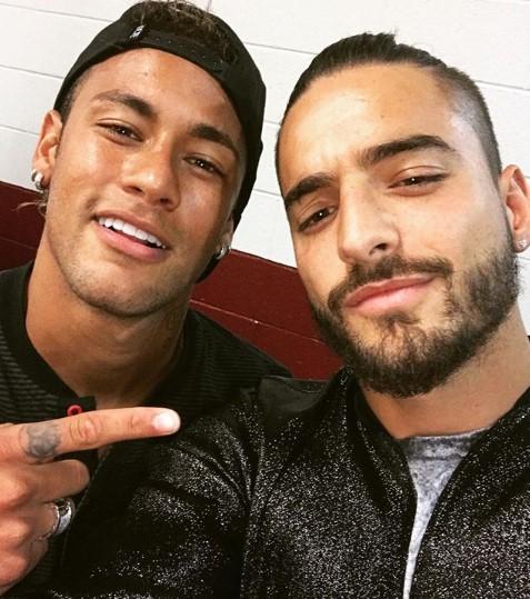 ¿Y si con otro pasas el rato? Neymar le baja la novia a Maluma