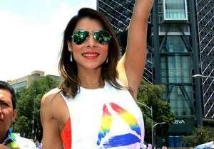 María León prepara su regreso, y se toma una selfie usando un sexy body estampado