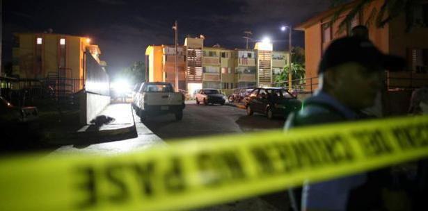 La masacre que estremece a Puerto Rico: seis muertos y más de 1,000 casquillos de bala