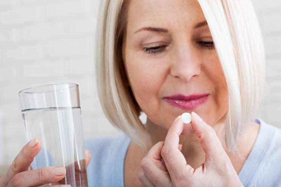Los 4 mejores suplementos naturales para evitar las molestias de la menopausia