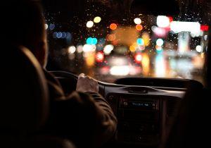 9 consejos para conducir de noche de forma segura