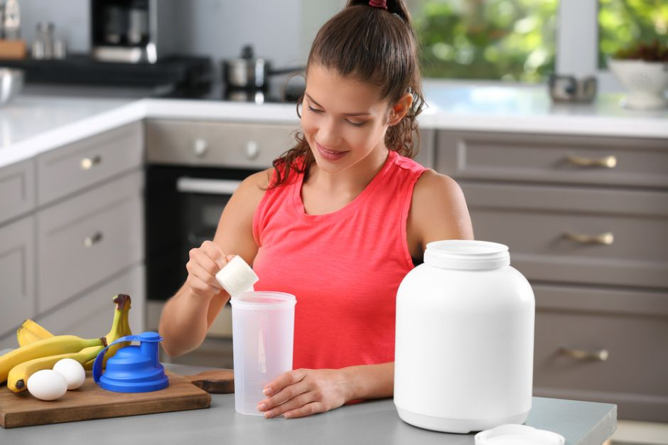 Los 5 mejores batidos de proteinas que te ayudarán a bajar de peso de forma saludable