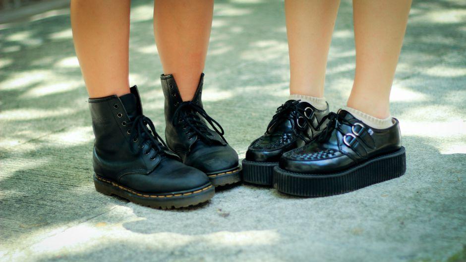 Los 5 mejores estilos de zapatos para mujeres que sufren de fascitis plantar