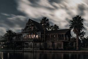 """FOTOS: Una mansión de Nueva York declarada legalmente como """"embrujada"""", está a la venta"""