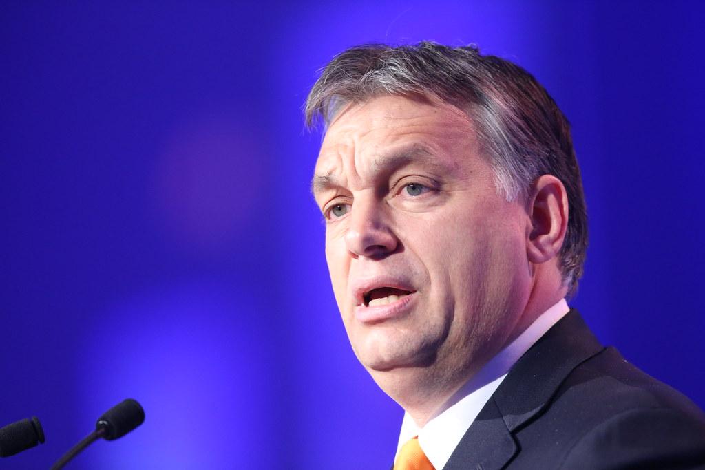 Hungría no permitirá acceso irregular a su territorio de migrantes sirios