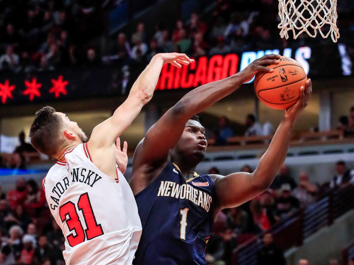 Empezó el show: Zion Williamson ya dio su primer partidazo en la NBA