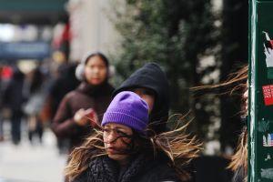 Frío polar continuará afectando a miles en la costa este de EEUU...¡y sin calefacción!