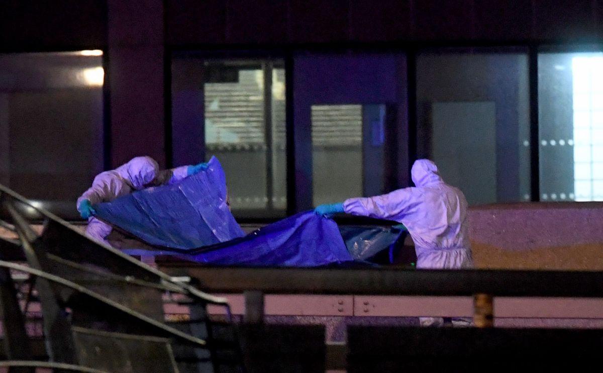 Confirman dos muertos y tres heridos en atentado terrorista en Londres. El autor fue abatido