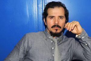 """John Leguizamo: """"Me han dicho que me devuelva a México en mi propio show"""""""